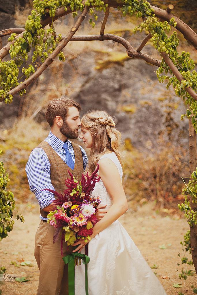 Amazing wedding in Skagit valley, vintage rustic style. handmade