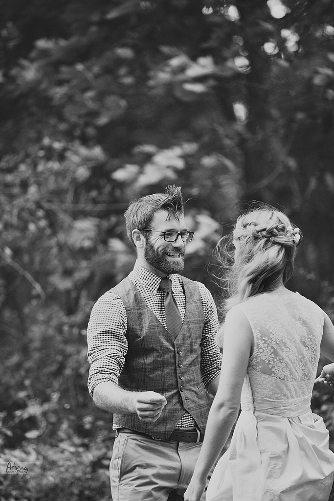 First look at Intimate DIY wedding in Skagit Valley. Vintage rustic style wedding day. Fall colors, greenery and rocks.