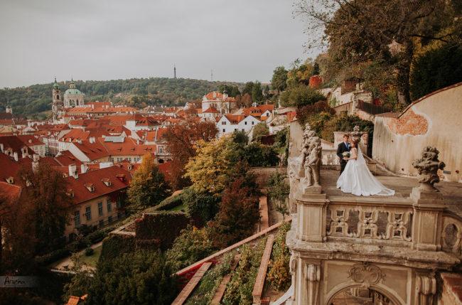 Prague wedding in fall. Old town