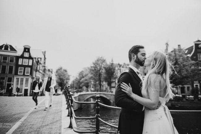 Summer wedding in Amsterdam. Destination wedding in Netherlands