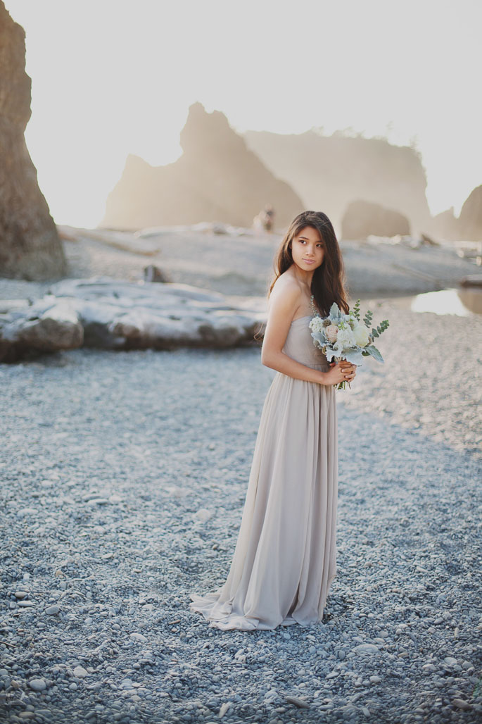 Styled sunset wedding shoot on Ruby Beach. Ocean shore wedding in tiffany and blush pink colors. Jimmy Choo pumps and naked wedding cake with berries
